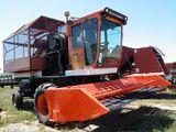 Allis-Chalmers 880 cotton picker