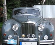 Jaguar Mark IX - front