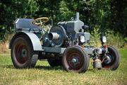 Kraemer K18 Traktor Beschnitt