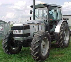 White 6105 MFWD - 1995
