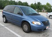 2004-Chrysler-Town-and-Country