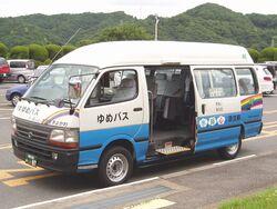 GE-RZH125B-Kanachu-a13-Yumebus