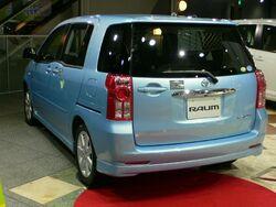 2006 Toyota Raum 02