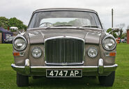 Vanden-Plas Princess 4-litre R head