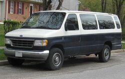 Ford-Club-Wagon