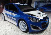 Hyundai i20 WRC (front quarter)