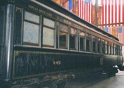 Royal Blue coach (B&O 1890)