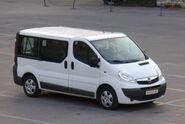 Opel-vivaro-2006