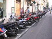 Zweiradparkplatz in Sorrent