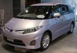 2008 Toyota Estima 01