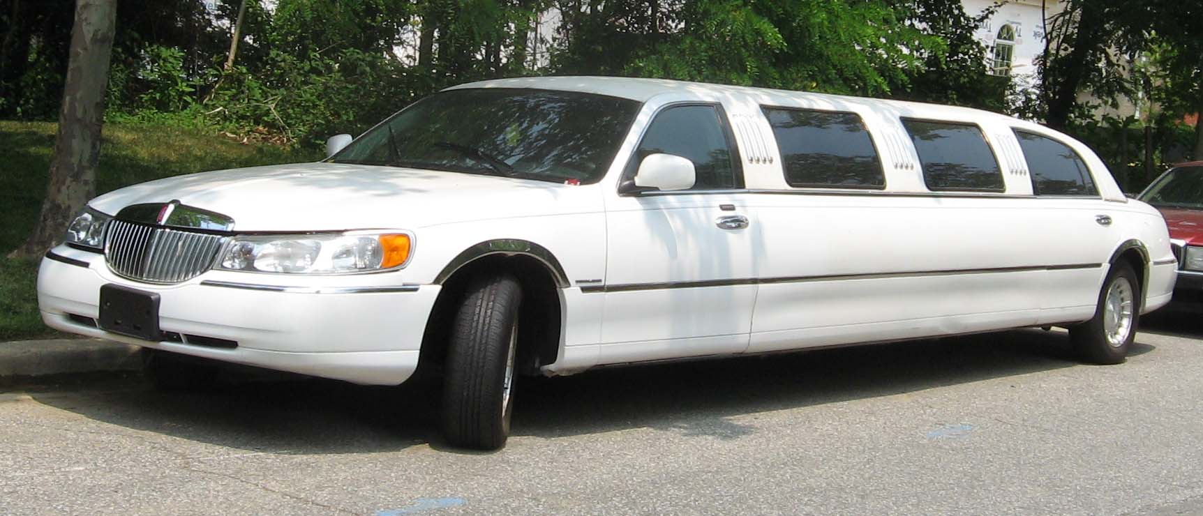 Image 98 02 Lincoln Town Car Limousine Jpg Tractor