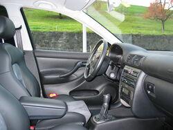 SEAT Leon Mk1 driver's seat left view