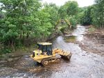 Caterpillar 953C at Work', River Don 'Clean Up' Continues - geograph.org.uk - 877576 (1)