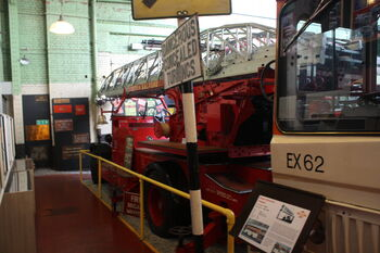 Leyland - Merryweather Turntable ladder - BRJ 333 at MMofT 09 - IMG 6476