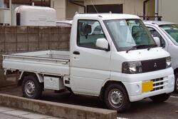 Mitsubishi Minicab 2000