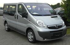 Opel Vivaro Combi Facelift front.JPG