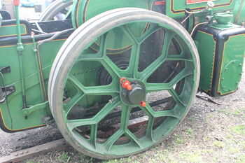Aveling & Porter no. 11486 -Cast iron rear wheel - IMG 7177