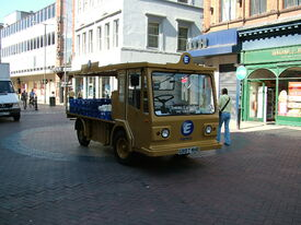 Milk float - Liverpool - 2005-06-27