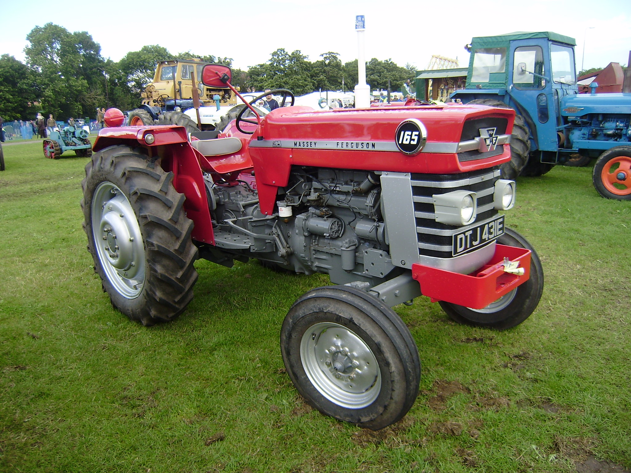 Tractor Manuals & Publications Enthusiastic Mf 265 Tractor Duncan Cab Agriculture/farming