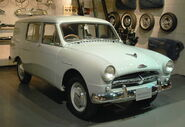 1956 Toyopet Masterline-Van 01