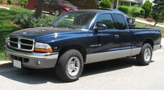 2nd-Dodge-Dakota-extcab.jpg