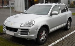 Porsche Cayenne front 20081206