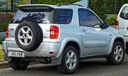 2000-2003 Toyota RAV4 (ACA20R) Cruiser hardtop 01