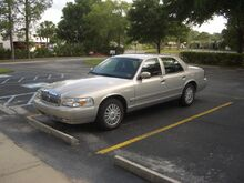 2008Grand Marquis front 34