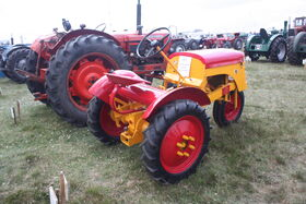 OTA tractors sn 1012 at Hollowell 2011 - Picture 577