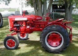 1407-Farmall-130-left-side-2