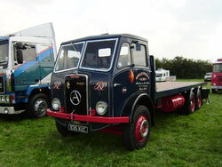 Atkinson flat bed at Lymswold - P7270169