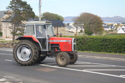 Massey Ferguson 390 in Ireland - IMG 1894