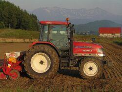 トラクター 北海道P6260710