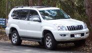 2003-2007 Toyota Land Cruiser Prado (GRJ120R) 02