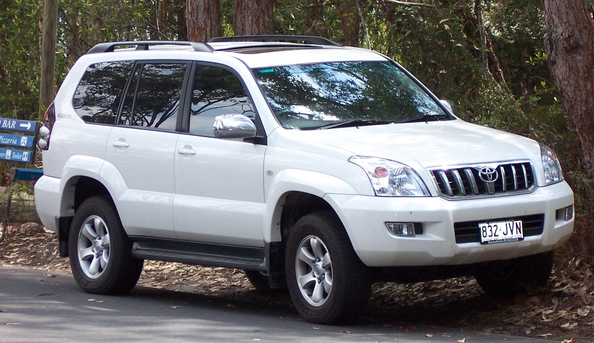 2003 2007 Toyota Land Cruiser Prado (GRJ120R) 02