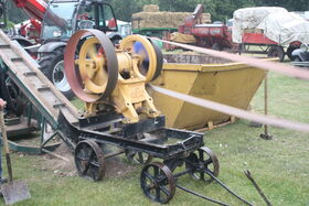 Fredrick Parker crusher at Newby 2011 - IMG 0181
