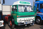 Ford D1000 reg YHA 346S at Donnington Park 09 - IMG 6153small