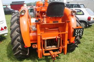 Field Marshall 17329 winch reg XFO 345 at Duncombe Park 09 - IMG 7640