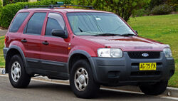 2003-2006 Ford Escape XLS wagon 02