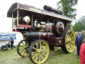 Fowler Showmans engine 14862 Evenibg Star at Shugborough Hall 08 - P6220123