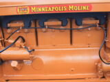 Minneapolis-Moline D425 engine