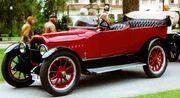 Peerless Model 56 7-Passenger Touring 1917