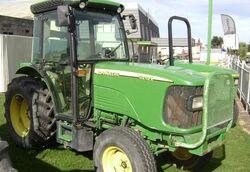 JDeere 5515 V