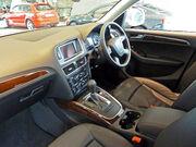2009-2010 Audi Q5 (8R) 2.0 TFSI quattro wagon 03