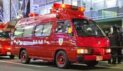 Nissan Caravan E24 001