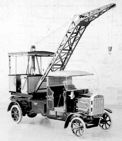 File:1920s Coles Tilling Stevens Mobilecrane.jpg