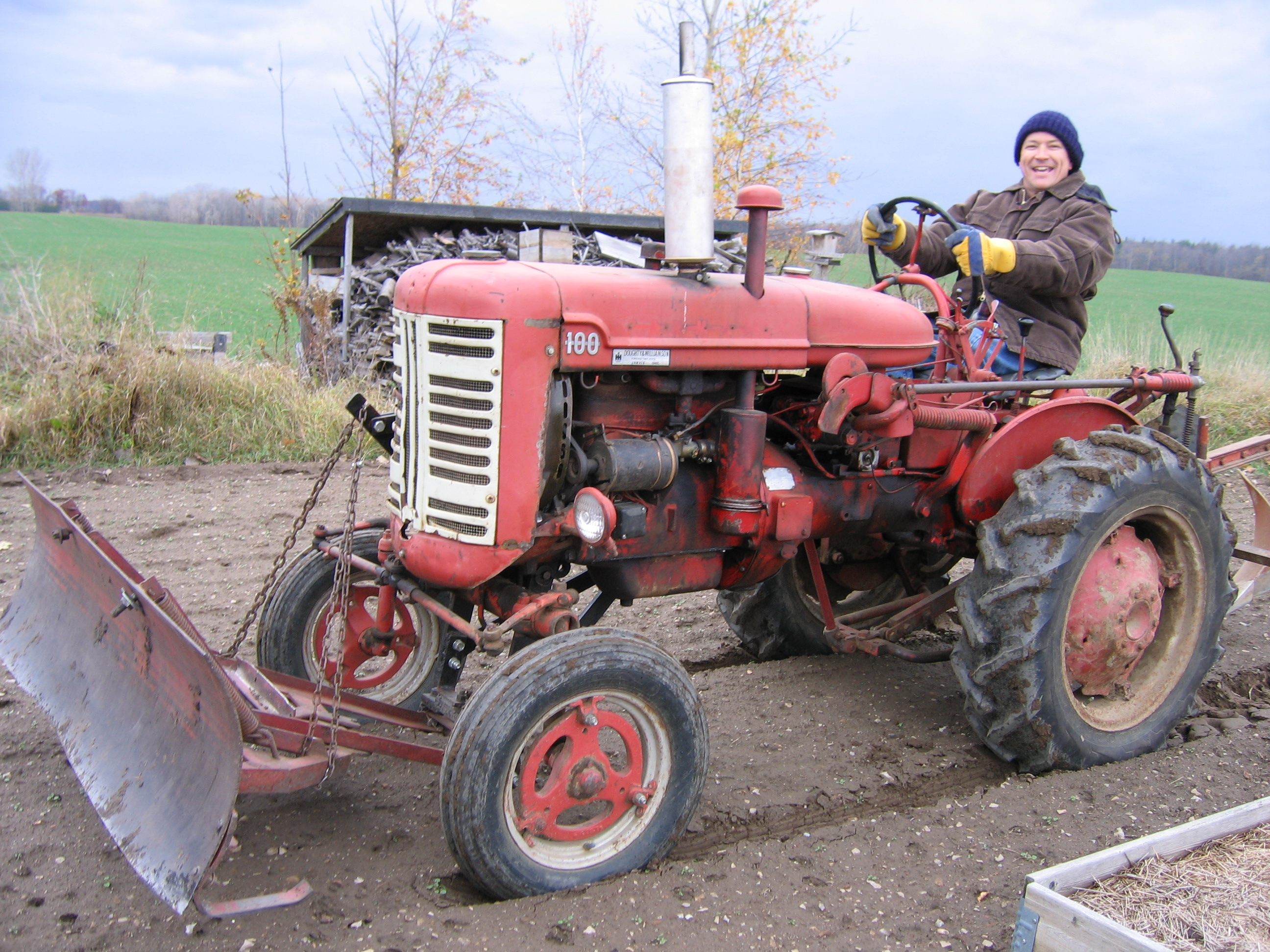 farmall 100 tractor construction plant wiki fandom powered by Farmall H farmall 100 tractor construction plant wiki fandom powered by wikia