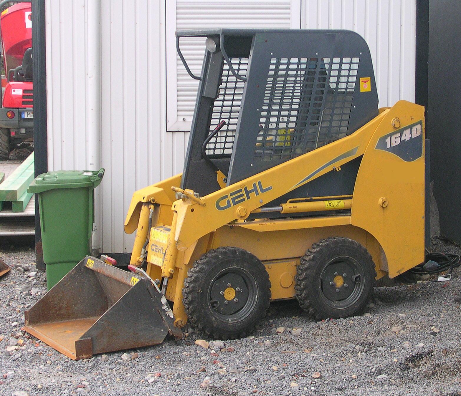 Gehl 1640 Tractor Amp Construction Plant Wiki Fandom