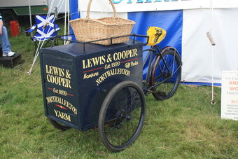 Old Delivery Bicycle - (stop me & buy one) at Masham 09 - IMG 0012