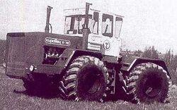 Kirovets K-710 b&w